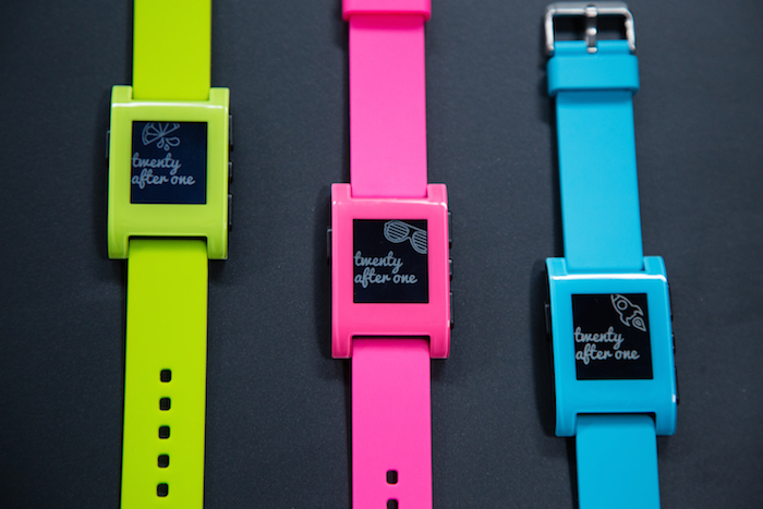 La Pebble maintenant assortit à votre iPhone 5c
